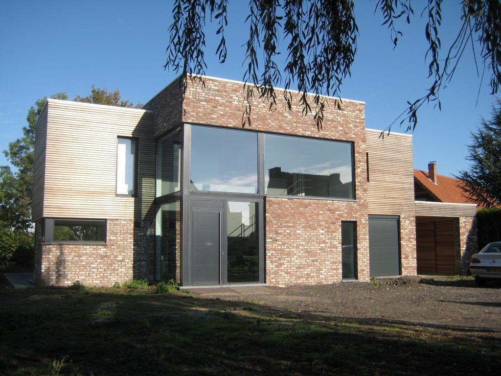 Castus Build - bouwen